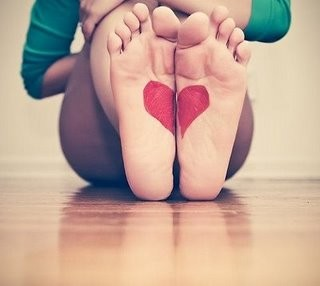 feet,heart,love-d389be9c864a39383937b3b7426267ed_h
