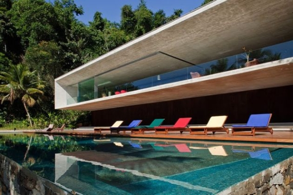 The Paraty House by Marcio Kogan Architects - 06