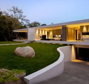 Casa pavilion.